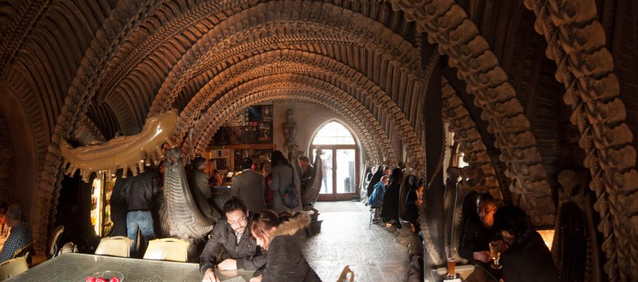 Бар Museum HR Giger Bar